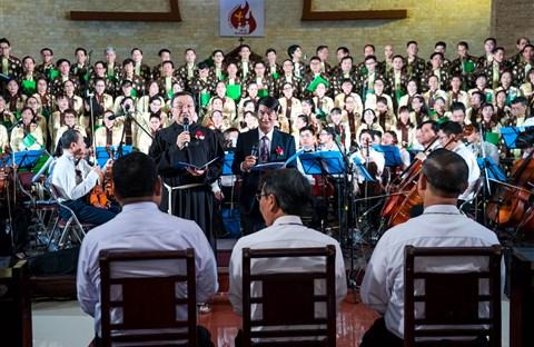 Hình Ảnh Đêm Nhạc Hải Linh III (16/10/2018) tại Thánh Đường Giáo xứ Đồng Tiến