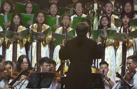 CĐ QH trình tấu: Tiếng Chuông Giáo Đường và Say Noen | Quà tặng Giáng sinh 2020 Tại Nhà Hát Hòa Bình