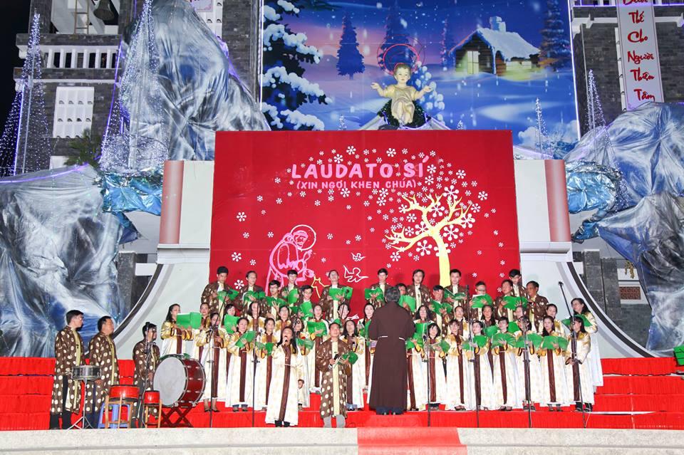 CĐ QUÊ HƯƠNG 19-12-2015 tham gia Diễn Nguyện mừng Chúa Giáng Sinh tại Giáo xứ Ngọc Lâm - 6