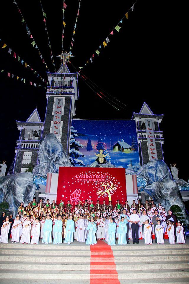 CĐ QUÊ HƯƠNG 19-12-2015 tham gia Diễn Nguyện mừng Chúa Giáng Sinh tại Giáo xứ Ngọc Lâm - 16
