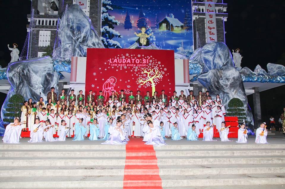 CĐ QUÊ HƯƠNG 19-12-2015 tham gia Diễn Nguyện mừng Chúa Giáng Sinh tại Giáo xứ Ngọc Lâm - 14