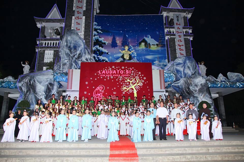 CĐ QUÊ HƯƠNG 19-12-2015 tham gia Diễn Nguyện mừng Chúa Giáng Sinh tại Giáo xứ Ngọc Lâm - 15