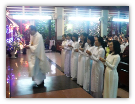 Thánh Lễ Giỗ 20 năm - Hình Ảnh Thánh Lễ  - 12