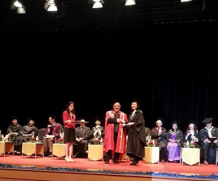 Tham dự lễ Trao bằng  của Khoa Khảo Thí thuộc Trường Âm nhạc LCM (London College of Music Examinations) thuộc Đại học West London - 3