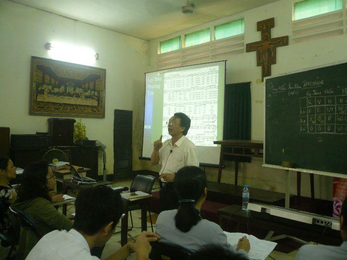 Hình Ảnh Lớp Nhạc Hè 2010 - Lớp Thanh Nhạc 1 - 9